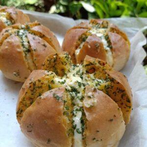 garlic-cheese bread kayarasa