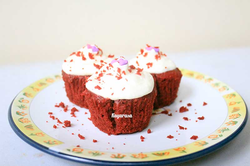 red velvet cup cake by kayarasa